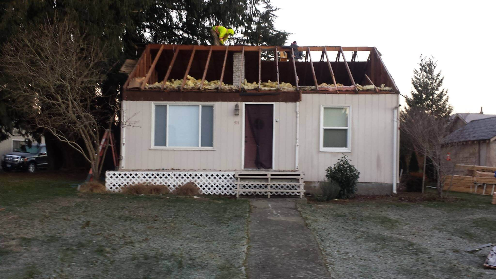 Roof removal and addition of second story (before picture)